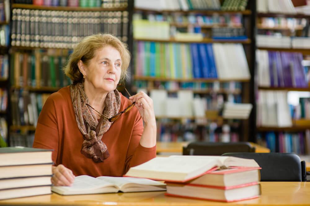 aposentadoria de professor estadual: como fica com a regra de transição?
